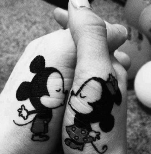 Bisou Mickey Minnie Tatouage